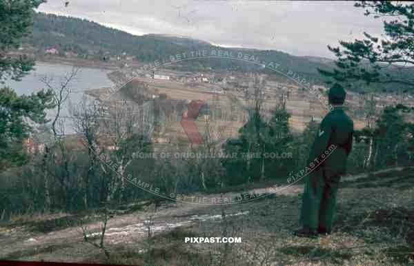 134th Gebirgsjäger, Finland 1944, German soldier looking down valley at small fishing village