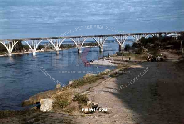 Merefa-Cherson-Bridge over the Dnieper in Dnipropetrovsk, Ukraine 1942