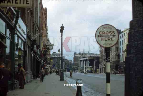 Westmoreland Street, Dublin, Ireland, 1953, Irish Times, direction Trinity Collage, Bus Stop.